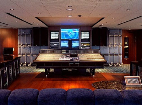 Wow, is this studio really on a yacht?